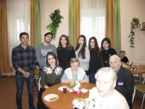 Студенты в Одинцовском доме престарелых