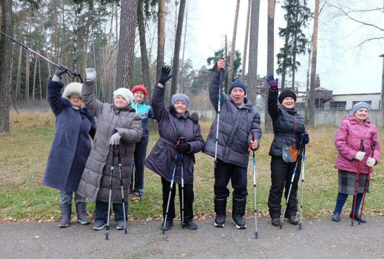 """Скандинавская ходьба в домах престарелых"""" нуждается в вашей поддержке!"""