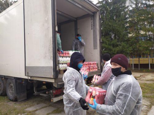 """Третья поставка продуктов в рамках проекта """"Благотворительная доставка"""""""
