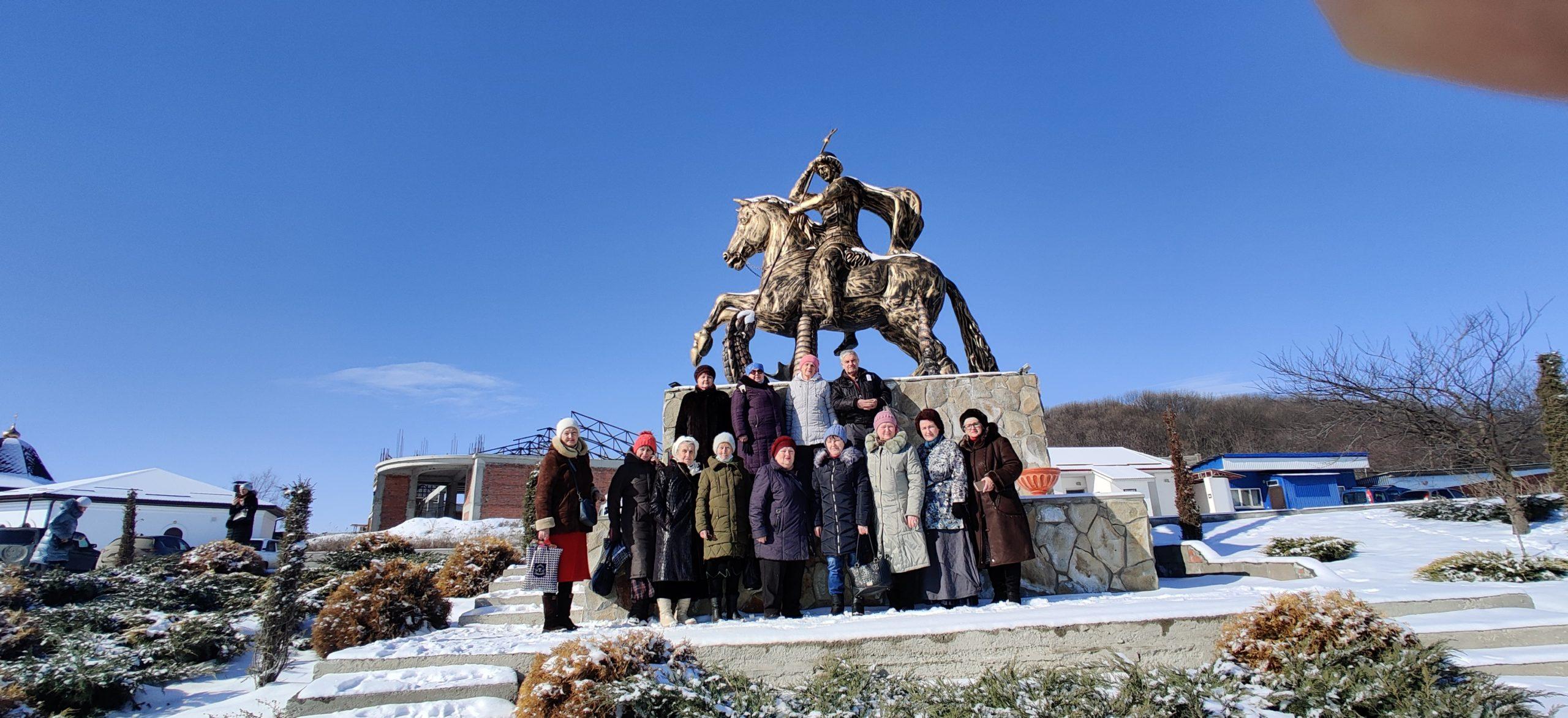 Поездка в п. Ясная Поляна ст. Боргустанская