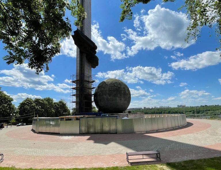 Заставка для - Реставрация Монумента 600-летия Калуги