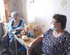 Раздача 50 продовольственных наборов в Нелидовском районе Тверской области